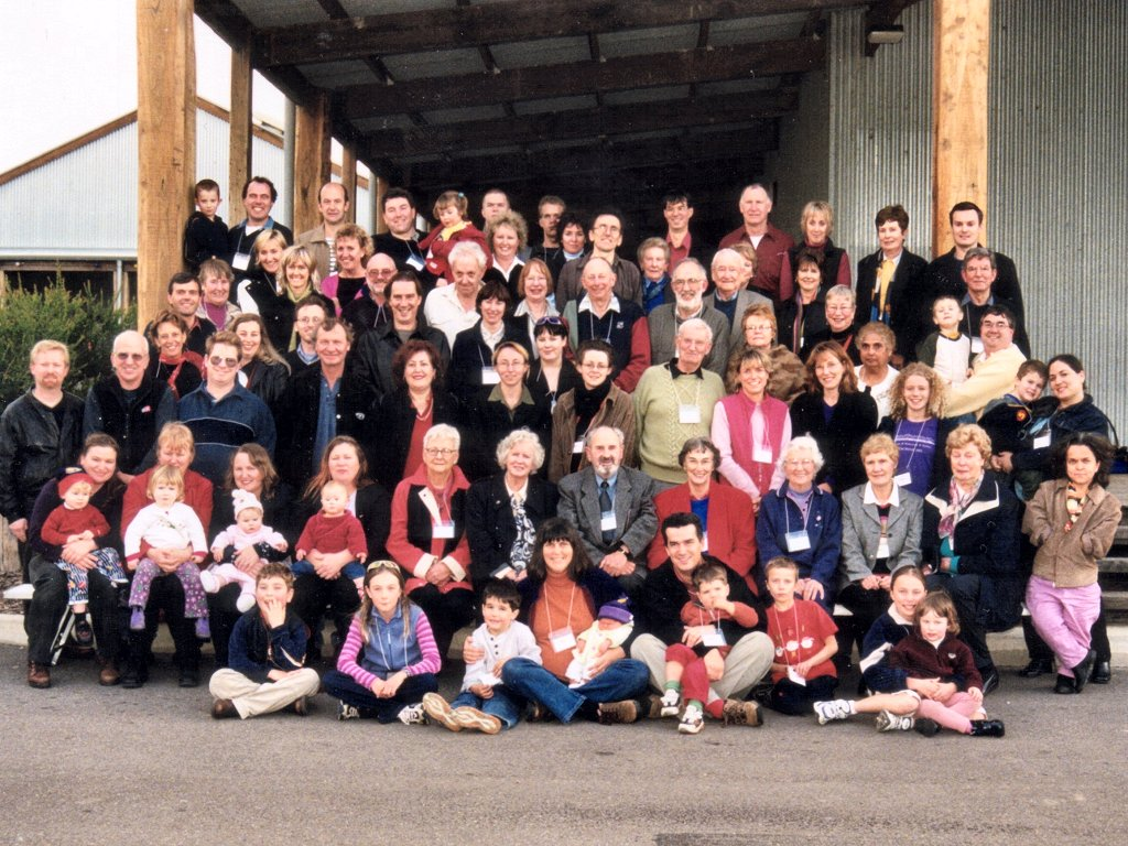 Full group photo at Gilding Reunion